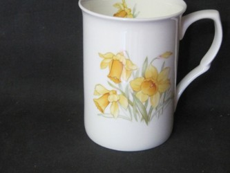 Four Daffodil Mugs
