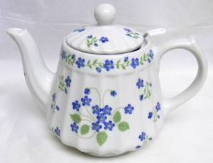 Blue Forget Me Not Teapot