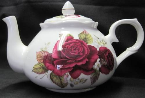 Burgundy Rose Six Cup Teapot