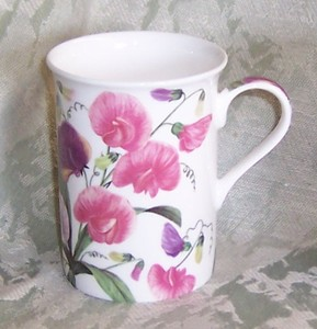 Four English Sweet Pea Mugs