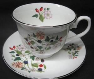 Two Hedgerow Cup Sets