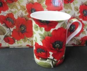 HM Poppy Mug