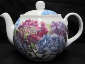 Hydrangea Six Cup Teapot