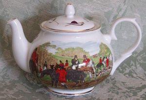 J Herring Six Cup Teapot