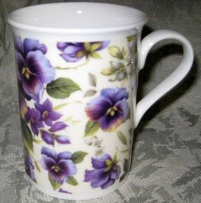 Four Pansy Cream Chintz Mugs
