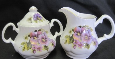 Pansy Cream and Sugar Set
