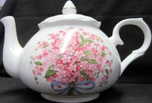 Pink Forget Me Not Teapot