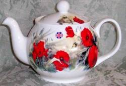 Poppies Six Cup Teapot