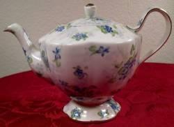 Royal Estate Teapot