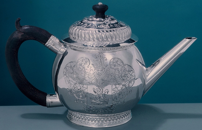 1700 Antique Teapot